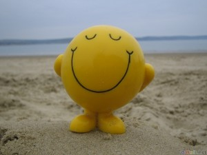 thumb3_happy_smile_on_the_beach